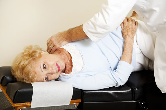 chiropractic_technique_elderly[1]